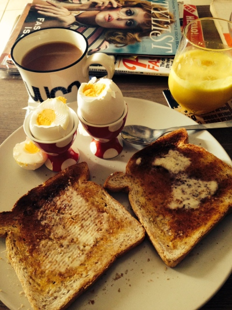 Another great breakfast option are boiled eggs. They are filling and easy, just leave them to boil whilst you have a sit down. I love dippy eggs but I have been a bit stricter since getting pregnant and so make sure they're cooked through.